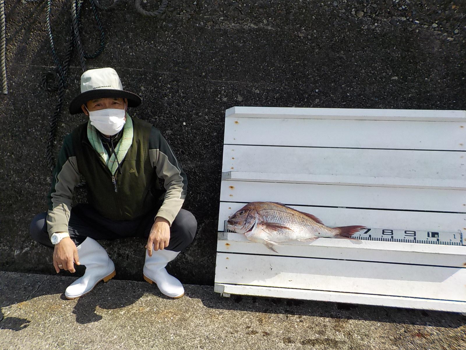 奈良の吉岡様 マダイ 70センチ