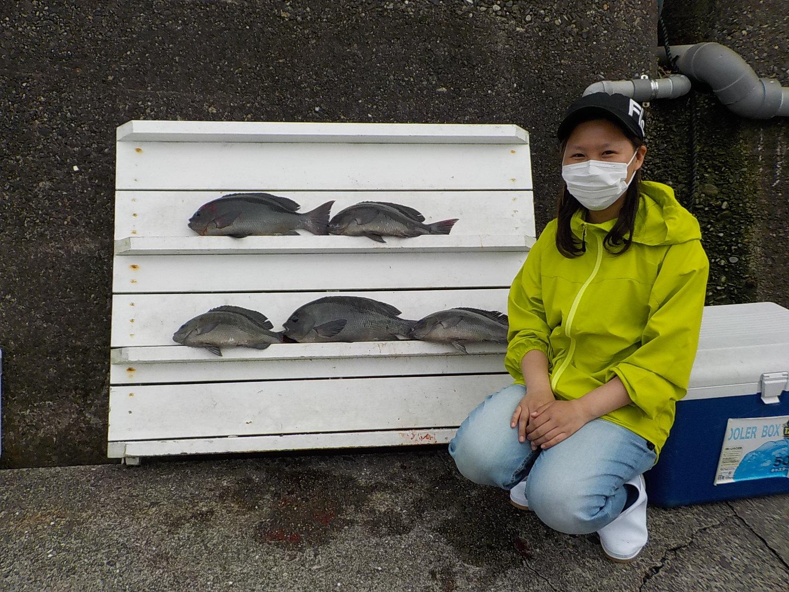 熊野好美様 グレ 35~46センチ 5尾